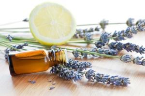 Aromatherapy-essential-oils-2-h500